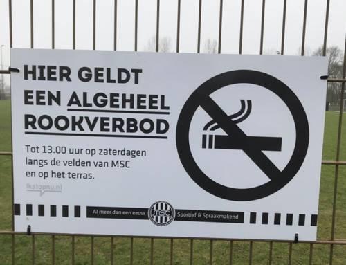 Rookverbod op zaterdagmorgen op sportpark Ezinge