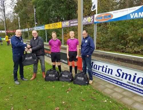 Martin Smid sponsort MSC scheidsrechters met mooie voetbaltassen!