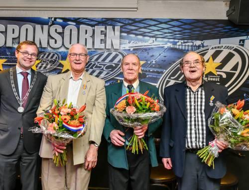 Herman, Henk en Jacob Hoevenberg koninklijk onderscheiden